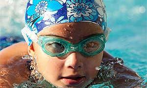 Стишки о плавании в бассейне. Стихи про плавание
